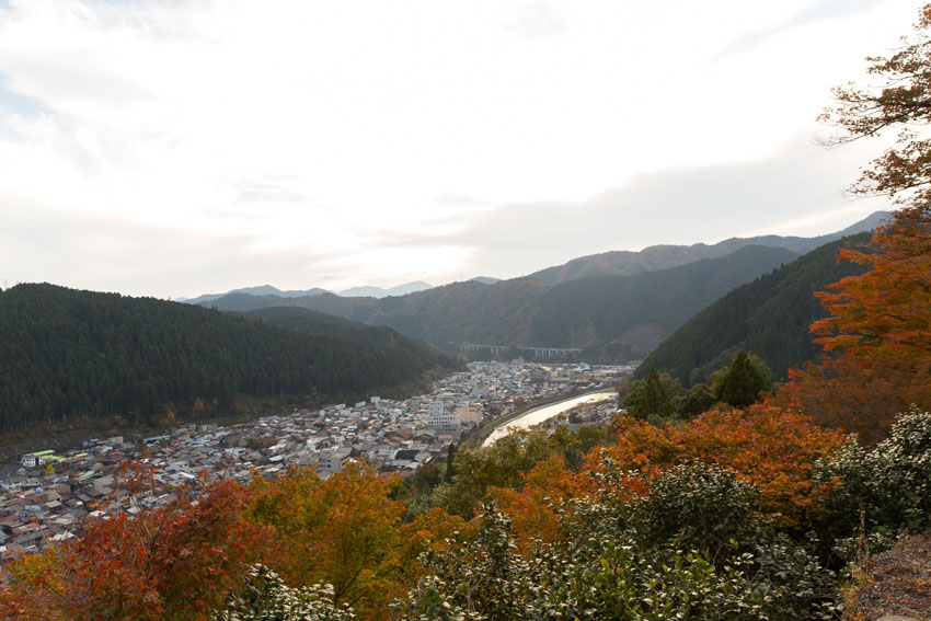 The city of Gujo as seen from the top of Gujo-Hachiman castle