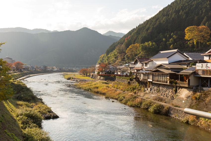 The Yoshida River in Gujo in autumn