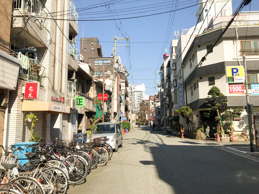 One of the side streets near Shinsekai