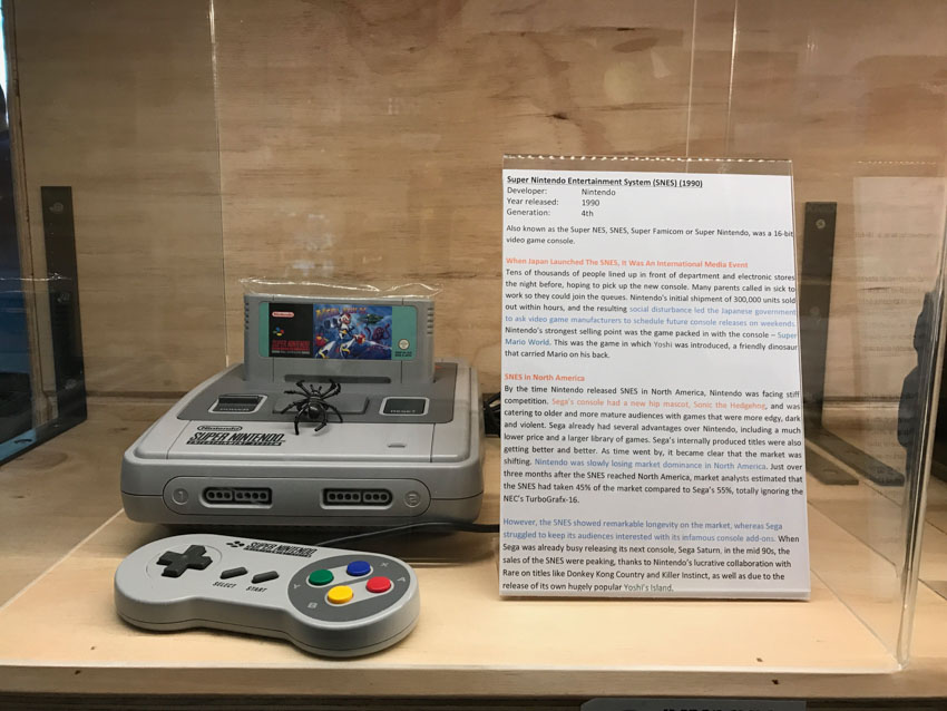Display of the Super Nintendo Entertainment System