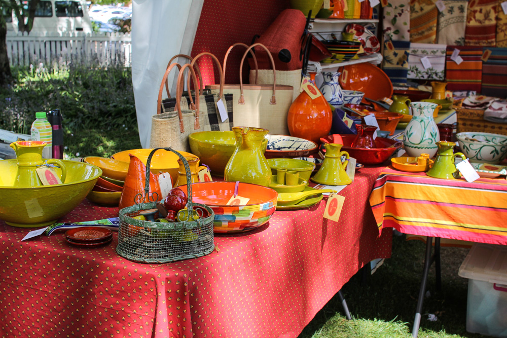 More kitchenware for sale