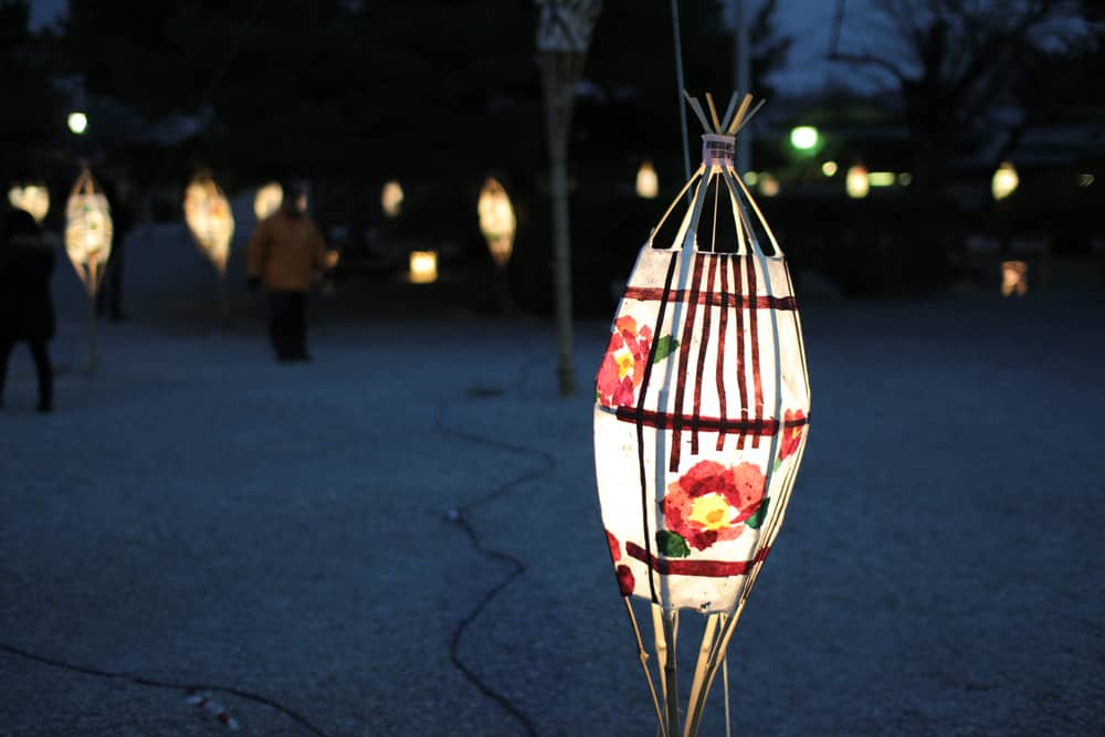 A lantern with a flower pattern