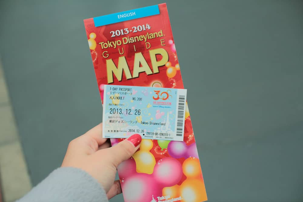 Map and day pass