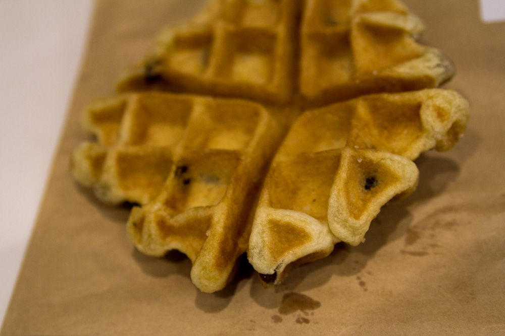 Plain waffle with apple and sultana