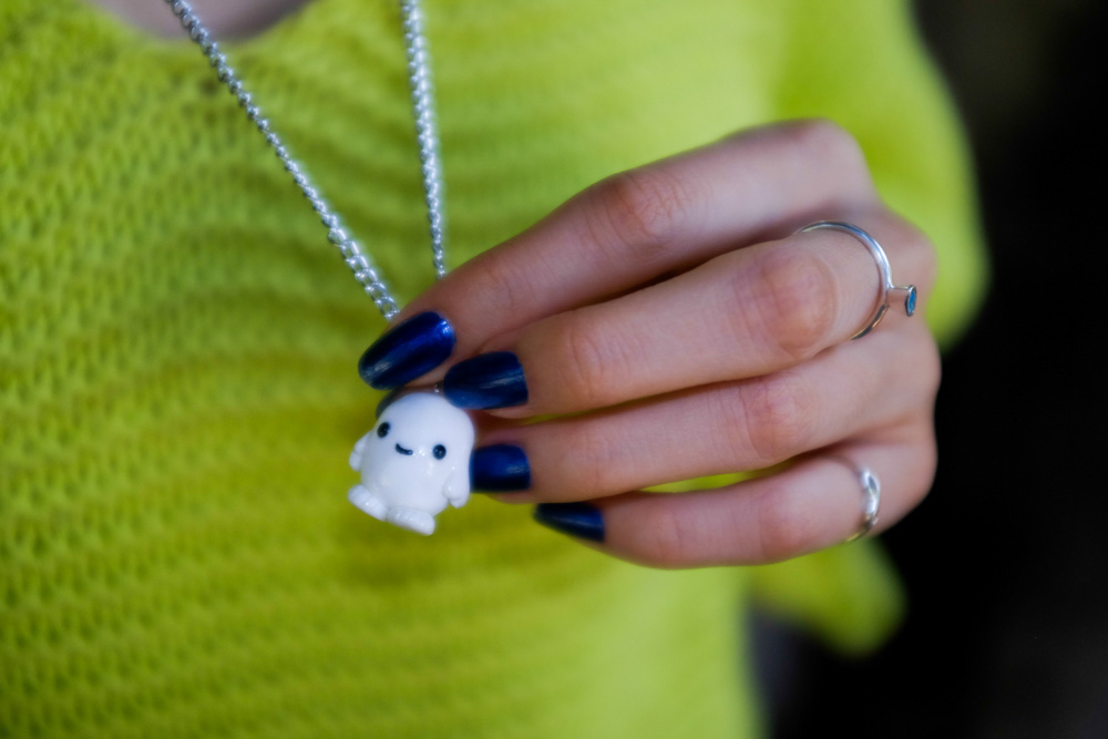 Adipose necklace and blue nails