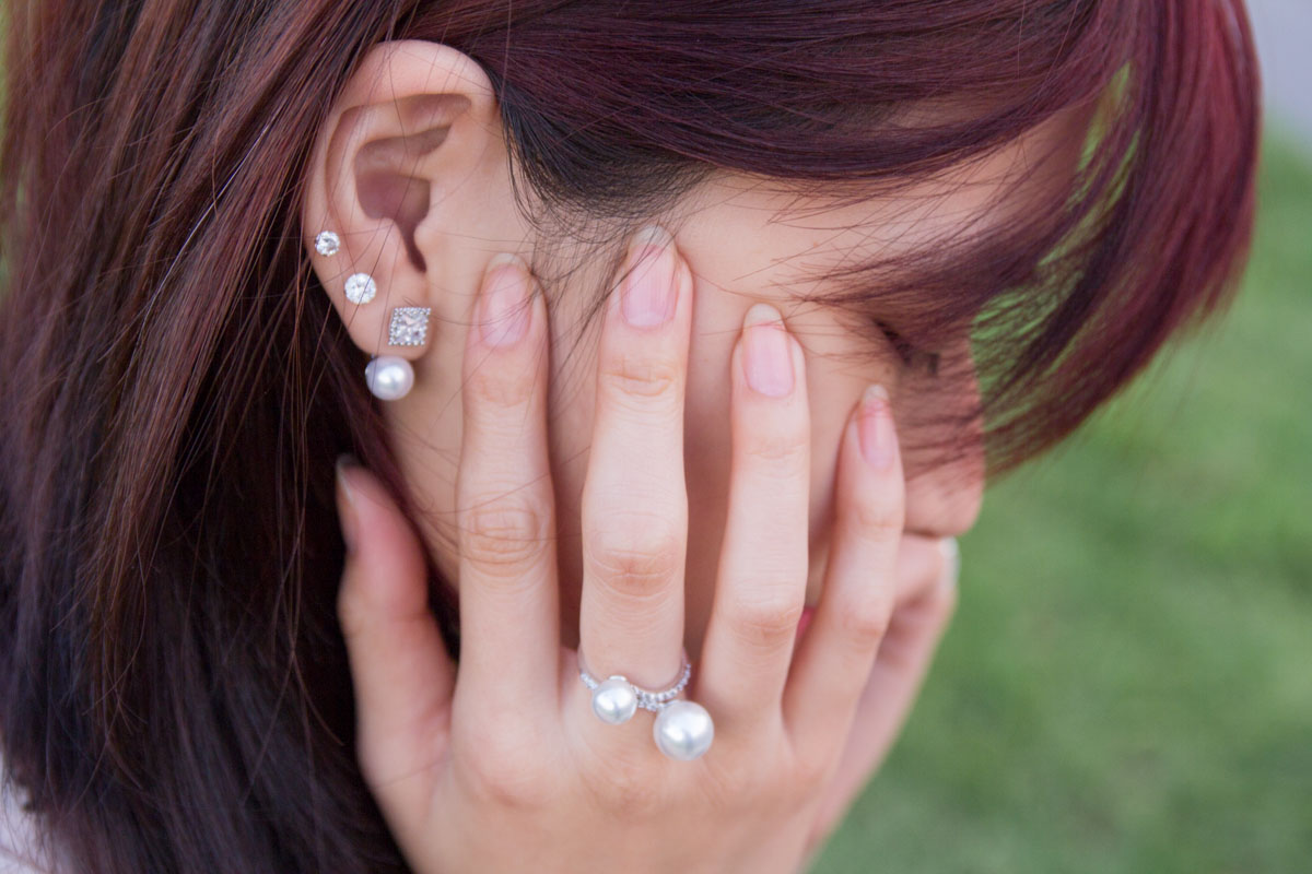 Pearl earrings and ring