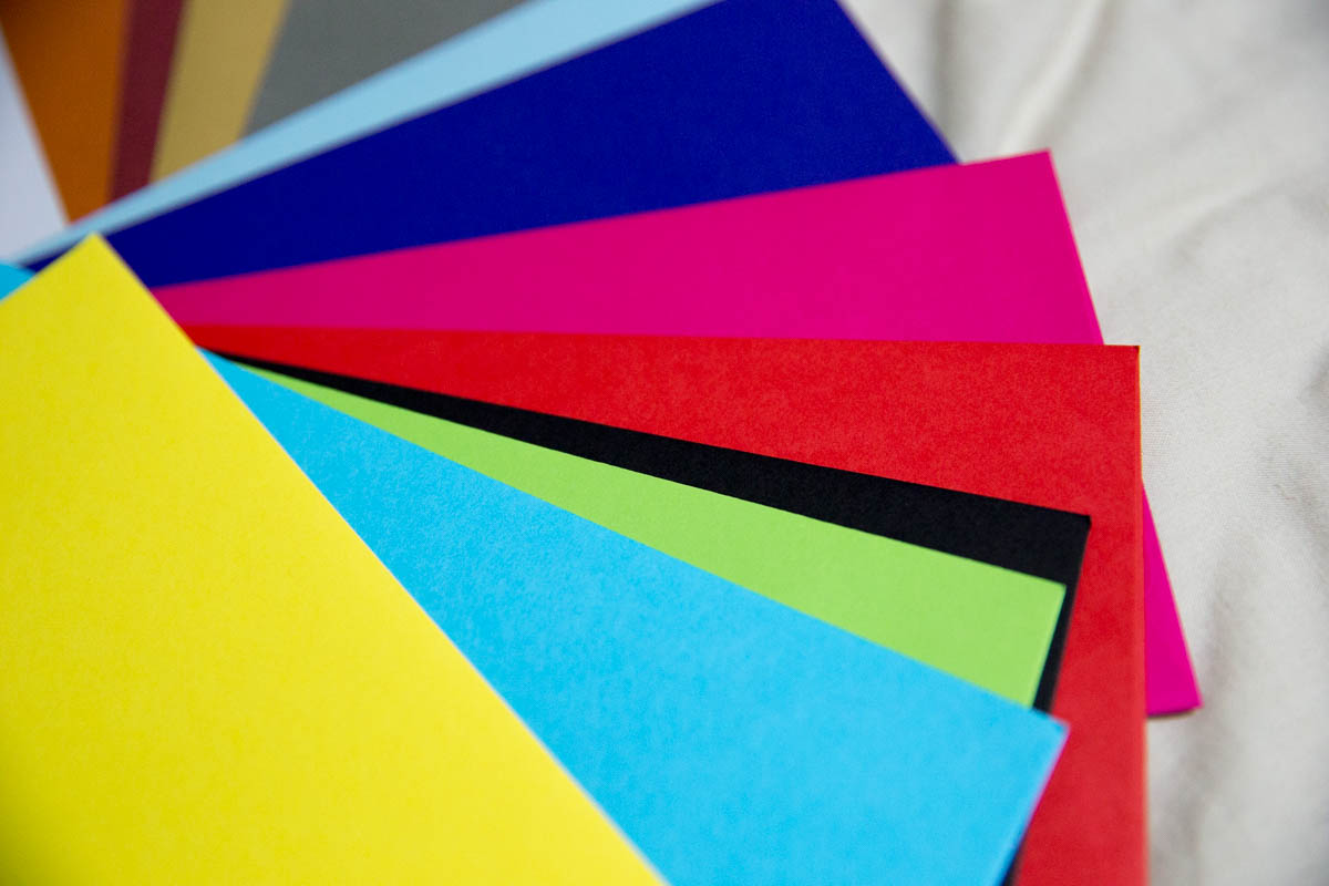 Bright colours for the standard envelopes