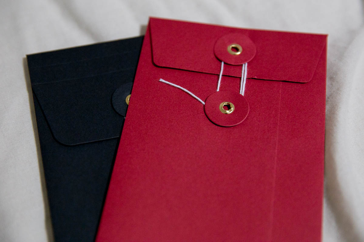 A closer look at the string and washer envelopes