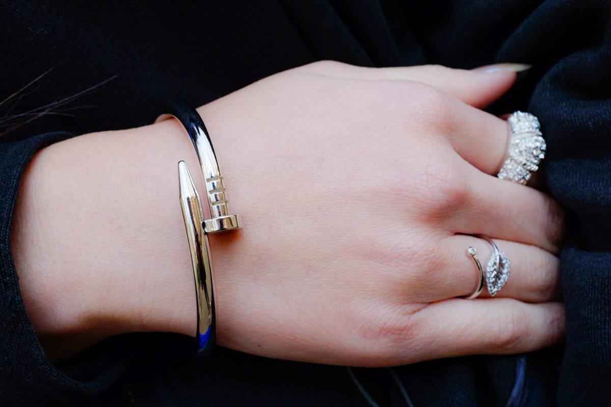 Silver nail bangle