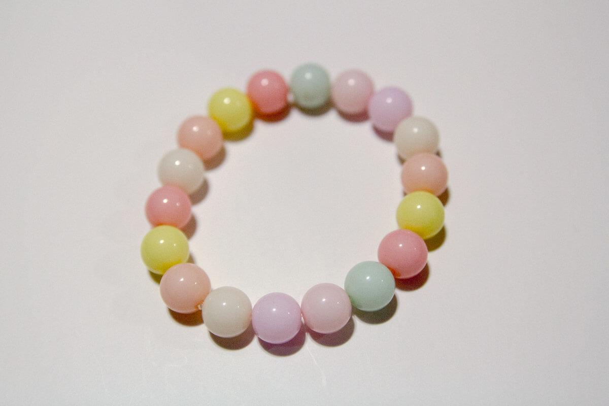 Pastel pearl bracelet