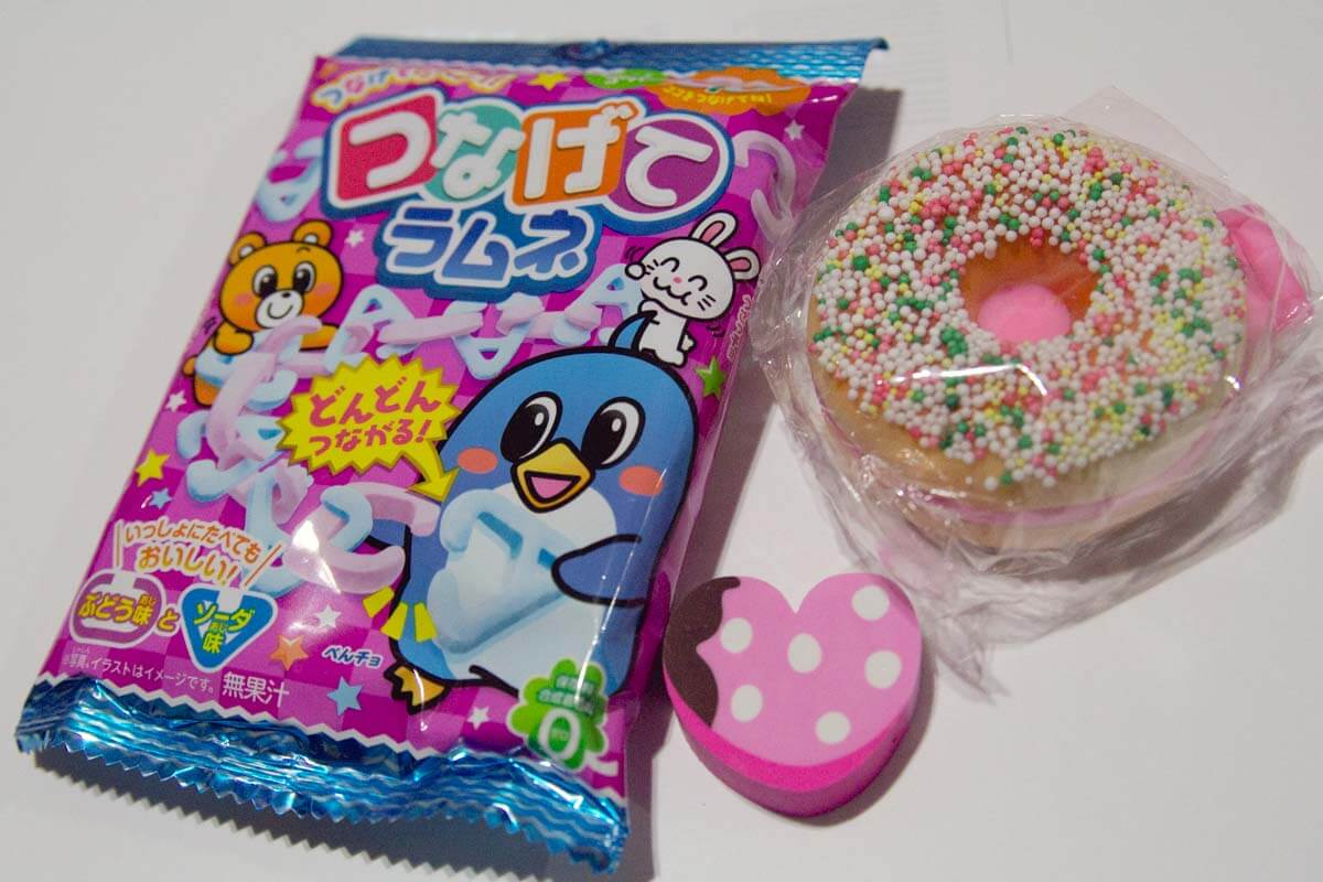 Kracie chain candy, dessert eraser and donut mirror