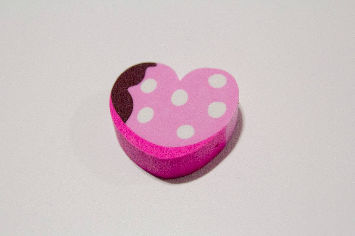 Dessert eraser. Looks like a strawberry dripped in chocolate